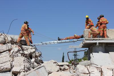 practica_simulacro_terremoto_25042012_mini